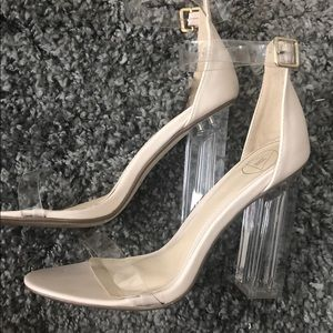 Nude / vinyl heeled shoes